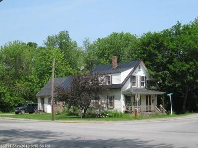 Single Family Home For Sale: 104 Hartland Avenue