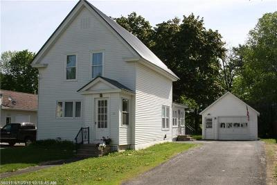 Houlton ME Single Family Home For Sale: $119,900