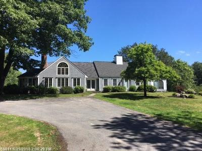 Scarborough Single Family Home For Sale: 2 Highland Pines Rd