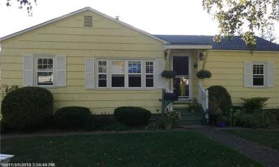 Houlton Single Family Home For Sale: 1 Abraham St