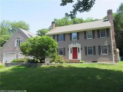 Scarborough, Cape Elizabeth, Falmouth, Yarmouth, Saco, Old Orchard Beach, Kennebunkport, Wells, Arrowsic, Kittery Single Family Home For Sale: 2 Thunder Rd