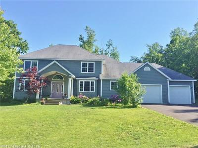 Hampden Single Family Home For Sale: 16 Country Meadow Dr