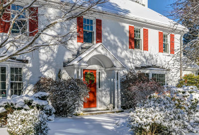 Scarborough, Cape Elizabeth, Falmouth, Yarmouth, Saco, Old Orchard Beach, Kennebunkport, Wells, Arrowsic, Kittery Single Family Home For Sale: 70 Royall Point Rd