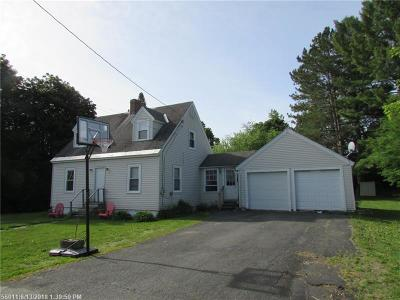 Houlton ME Single Family Home For Sale: $69,900