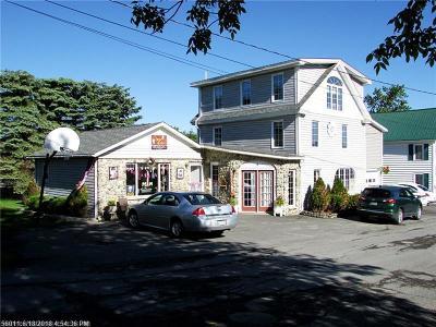 Fort Kent Single Family Home For Sale: 4 Audibert St