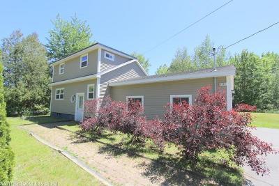 Bangor Single Family Home For Sale: 1217 Stillwater Ave