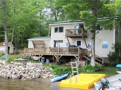 Single Family Home For Sale: 172 Rocky Shore Dr