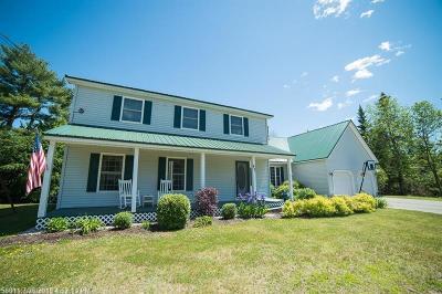 Glenburn ME Single Family Home For Sale: $319,900