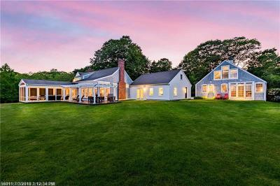 Kittery Single Family Home For Sale: 14 Seapoint Rd