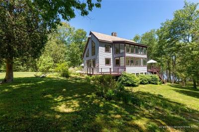 Single Family Home For Sale: 331 Fiddlers Reach Rd