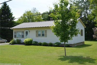 Houlton ME Single Family Home For Sale: $109,900