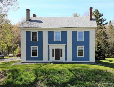 Single Family Home For Sale: 409 S Main St
