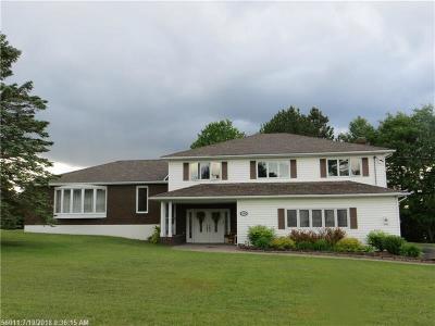 Madawaska Single Family Home For Sale: 227 19th St