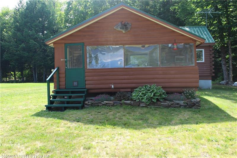 1 bed / 1 bath Home in Island Falls for $275,000