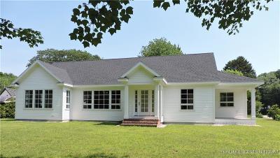 Kennebunk Single Family Home For Sale: 75 Fletcher Street