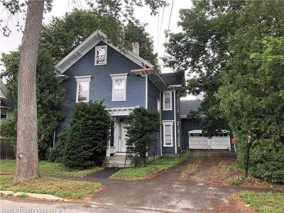 Single Family Home For Sale: 306 Essex St