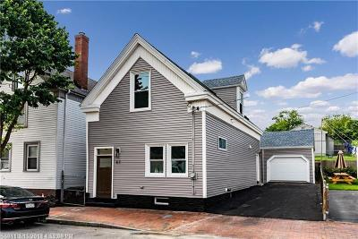 Single Family Home For Sale: 87 Newbury St