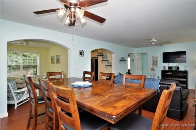 Old Orchard Beach ME Condo For Sale: $259,900