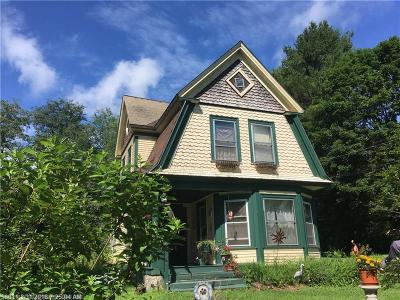 Single Family Home For Sale: 4 Pleasant Street