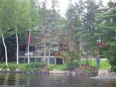 Single Family Home For Sale: 576 Baker Brook Point Rd