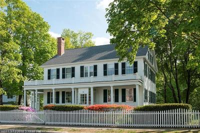 Kennebunk Single Family Home For Sale: 31 Summer St