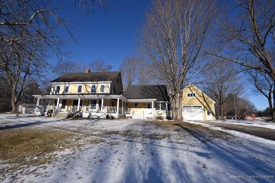 Kennebunk Single Family Home For Sale: 617 Alewive Rd
