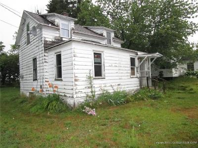 Presque Isle ME Single Family Home For Sale: $24,000