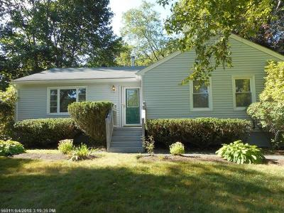 Single Family Home For Sale: 22 Noyes Drive