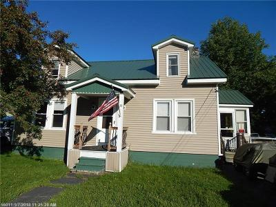 Single Family Home For Sale: 33 Spruce St
