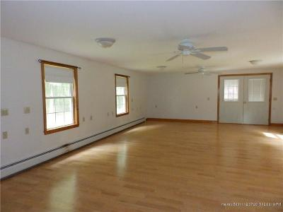 Scarborough ME Single Family Home For Sale: $300,000