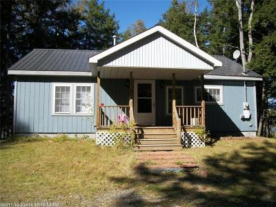 Single Family Home For Sale: 386 Weatherbee Point Rd