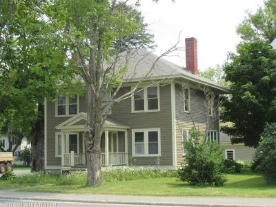 Houlton ME Single Family Home For Sale: $159,500