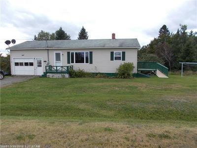 Ashland Single Family Home For Sale: 22 Heidi Circle