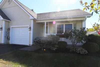 Bangor Single Family Home For Sale: 1 Kathryn Lane #1