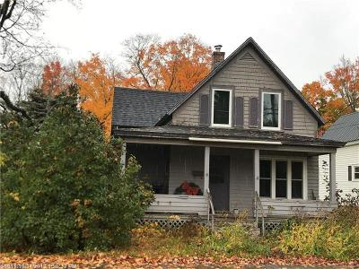 Houlton ME Single Family Home For Sale: $34,900