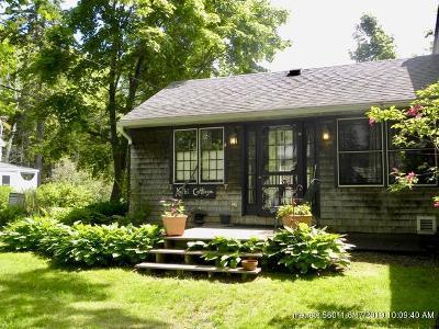 Portland ME Single Family Home For Sale: $305,000