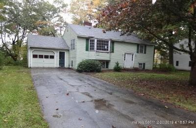Kennebunk Single Family Home For Sale: 18 Sylvan Circle