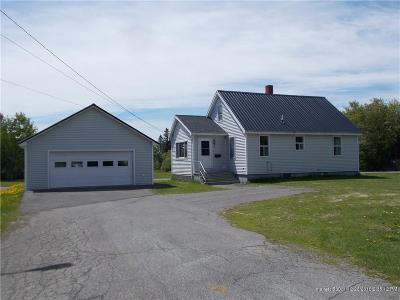 Presque Isle ME Single Family Home For Sale: $95,000