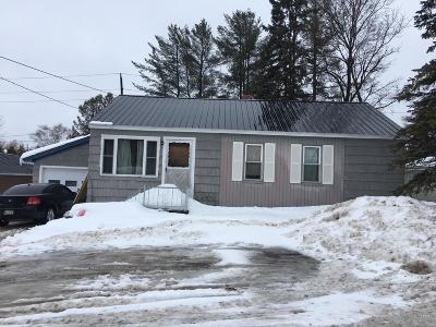Presque Isle ME Single Family Home For Sale: $110,000