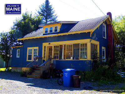 Houlton ME Single Family Home For Sale: $64,900