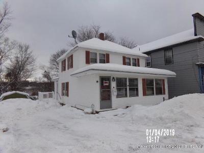 Millinocket Single Family Home For Sale: 50 York Street