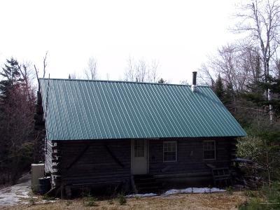 Single Family Home For Sale: 92 Leavit Cross Road