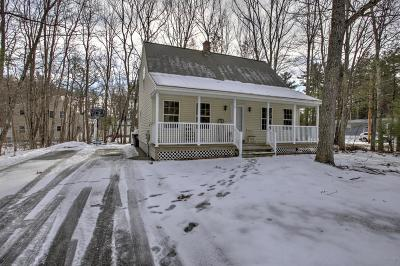 Kennebunk Single Family Home For Sale: 1 Garrison Oaks Drive