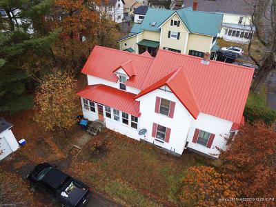 Single Family Home For Sale: 67 Oak Street