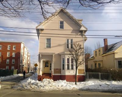 Portland Multi Family Home For Sale: 130 Cumberland Avenue