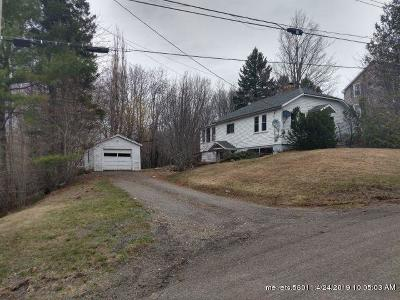 Houlton Single Family Home For Sale: 10 Sterritt Street