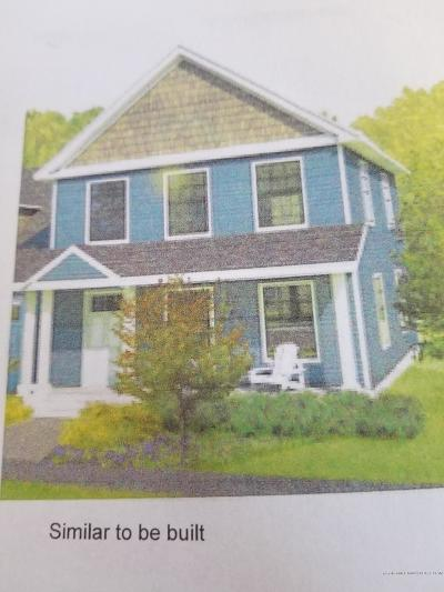 Old Orchard Beach Single Family Home For Sale: 5 Seaglass Terrace