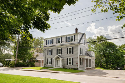 Kittery Single Family Home For Sale: 14 Newmarch Street