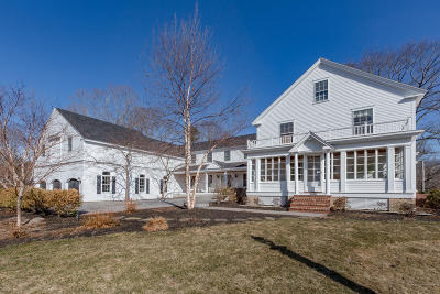 Cumberland Single Family Home For Sale: 74 Foreside Road