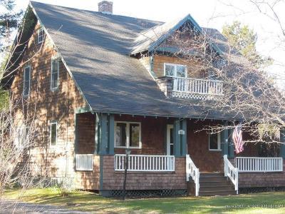 Caribou Single Family Home For Sale: 21 Washington Street